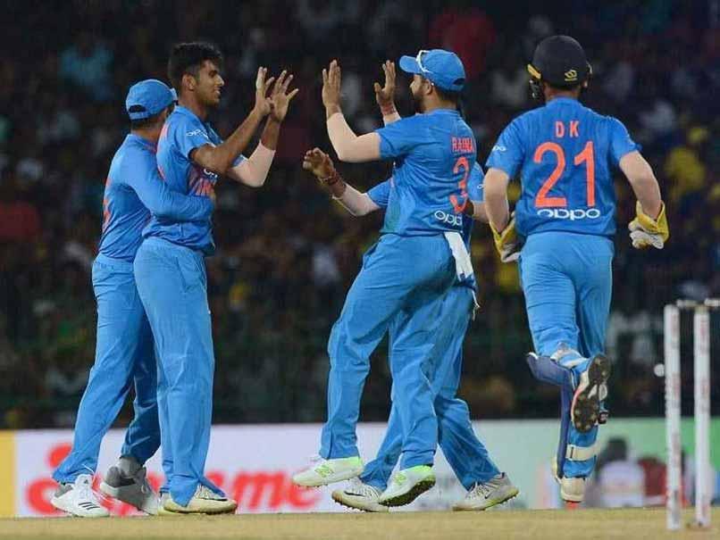 टीम इंडिया 6 विकेट से जीती