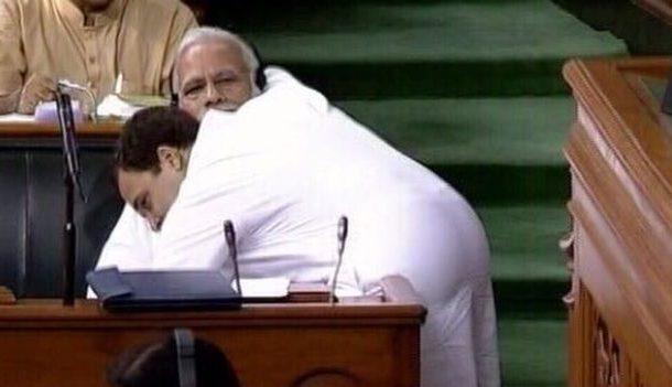 राहुल की झप्पी और आंख रही चर्चा में