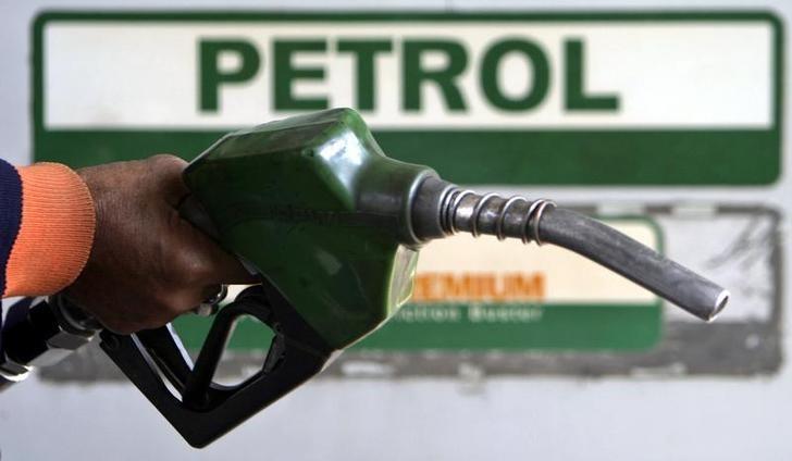 दो रुपये पेट्रोल और डीजल सस्ते होने से आम आदमी का कितना फायदा होगा ?