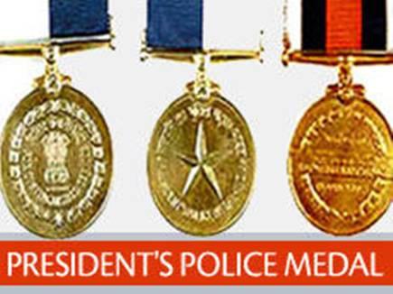 795 पुलिस अधिकारियों को गणतंत्र दिवस पुलिस पदक