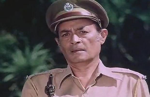 स्वाभाविक पुलिस इंस्पेक्टर