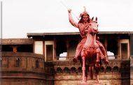 'लड़ाकू पेशवा'